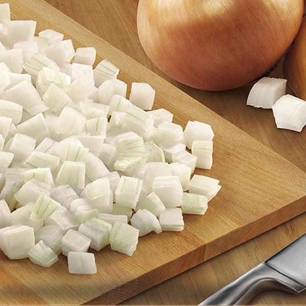 Cebolla cubeteada y congelada