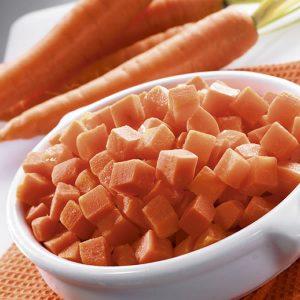 Zanahoria congelada en cubos